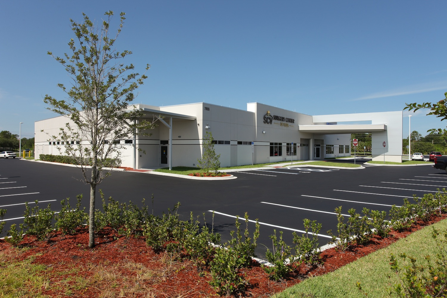SCV Exterior - Ample Parking